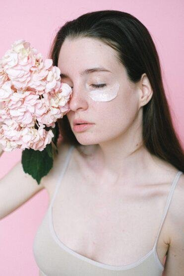 Powerhouse Serums and Creams that will soothe your skin