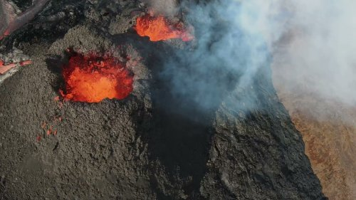 Female pilot records volcanic eruption using drone