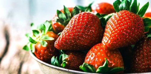 Here is What Happens to Your Body When You Eat Strawberries