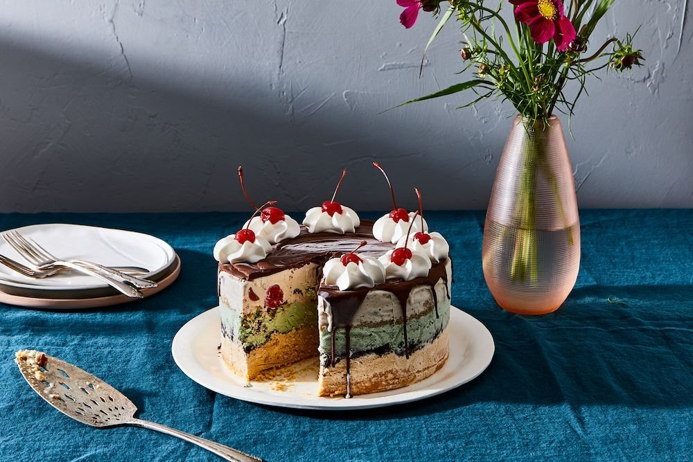 23 Must-Make Cakes to Bake Before Summer Ends
