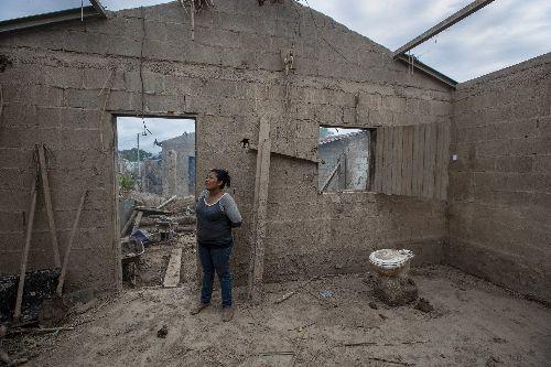 Desperation grows in battered Honduras, fueling migration