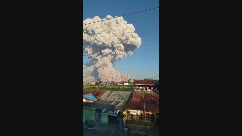 Mount Sinabung Spews Smoke and Ash Over Sumatra
