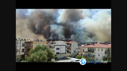 Turkey: Massive Forest Fires Threaten Residential Areas In Manavgat, Antalya