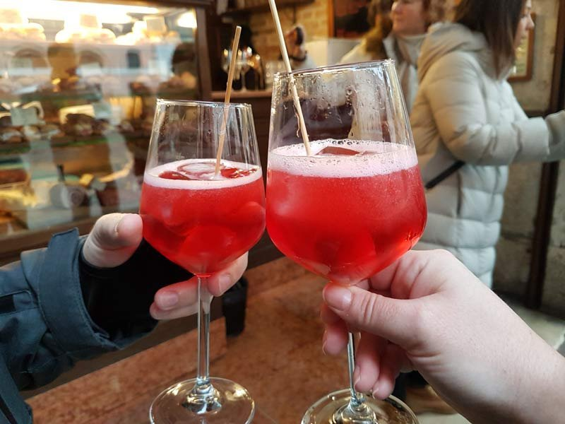 Travel Dreaming: What to Drink Around the World