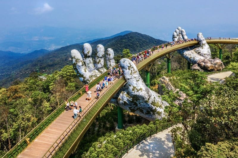 MOST SPECTACULAR TREE TOP WALKS IN THE WORLD