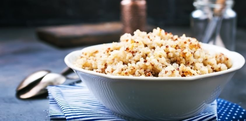 What Happens to Your Body When You Eat Quinoa, According to Dietitians