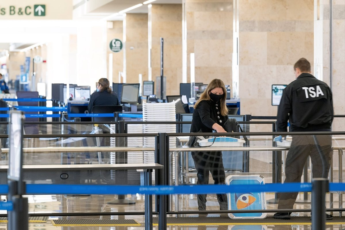 A Former TSA Officer's Guide to Smuggling Things Through Airport Security