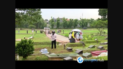 Cemetery overflowing with Covid-19 victims in Jakarta, Indonesia
