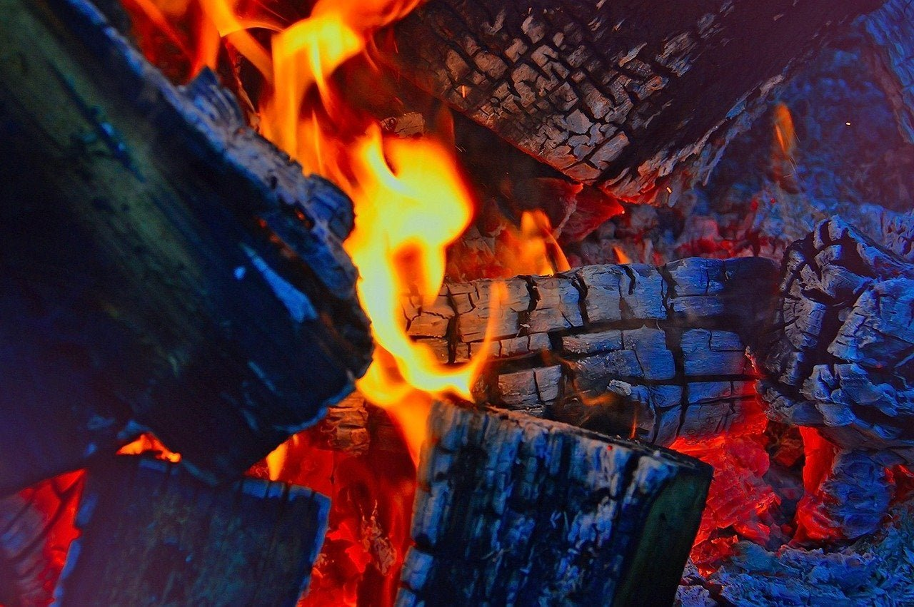 How to make an incredible fire for any occasion