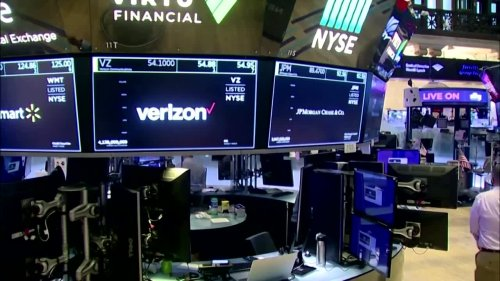U.S. halts IPOs for Chinese-based companies