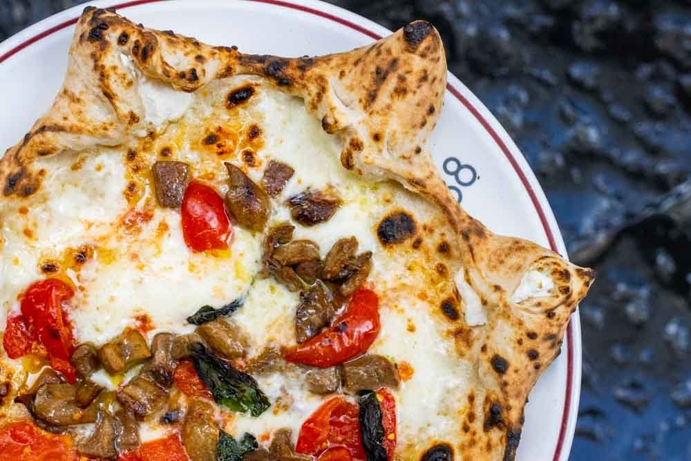 What to Eat in Naples Italy   27 Naples Food Favorites
