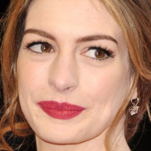 Anne Hathaway's Transformation Is Seriously Turning Heads