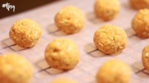 Your Dog Deserves a Home-made Treat! Try These No-Bake Peanut Butter Pumpkin Bites