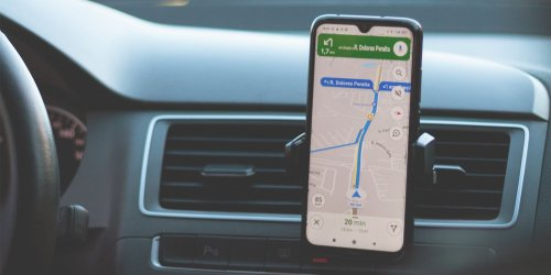 6 iPhone and Android Apps Every Driver Needs