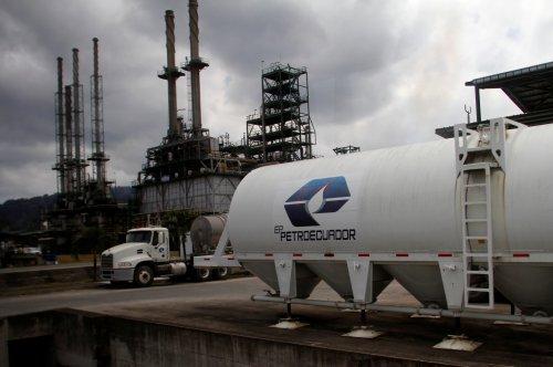 Estatal Petroecuador dice retoma operación de oleoducto SOTE tras trabajos preventivos
