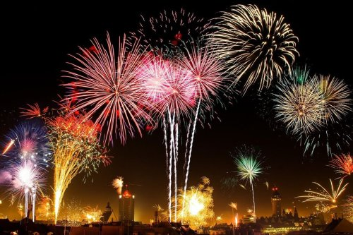 How to Survive Malfunctioning Fireworks