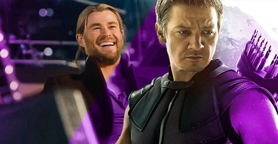 Why Hawkeye Didn't Want To Lift Thor's Hammer In Age of Ultron
