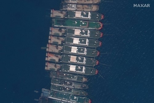 US-Philippines officials discuss concerns over China's ships