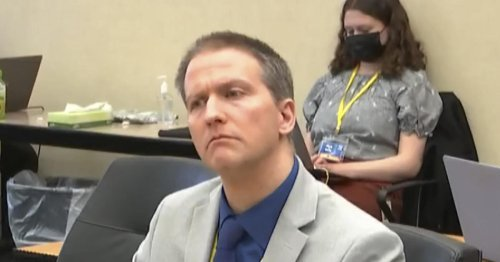 Jury begins deliberations in Derek Chauvin trial