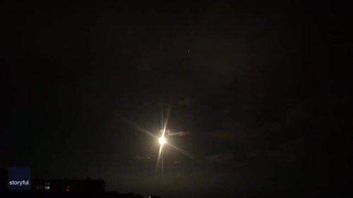 Falcon 9 Rocket Blazes Across Florida Sky in Satellite Launch