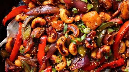 Any Veggie Can Go Into This Sweet & Sour Cashew Stir-Fry