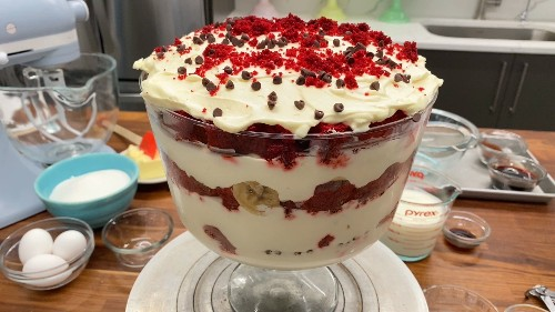 Learn How To Make Magnolia Bakery's Red Velvet Banana Pudding At Home
