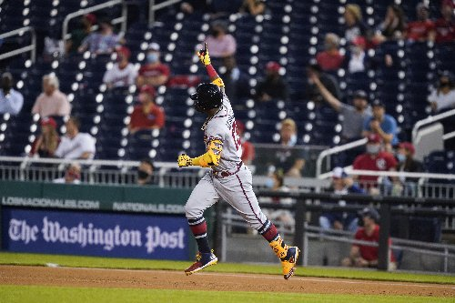 Two-way star: Braves' Ynoa hits slam, slams door on Nats