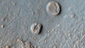 Take a Look Inside a Impact Crater on Mars