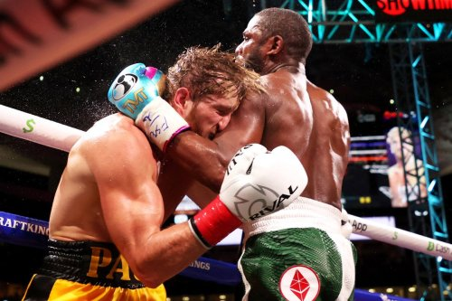 Floyd Mayweather Logan Paul exhibition fight goes the distance