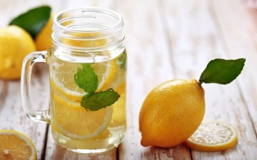 30-Day Lemon Water Challenge To Sharpen Focus And Boost Energy Levels