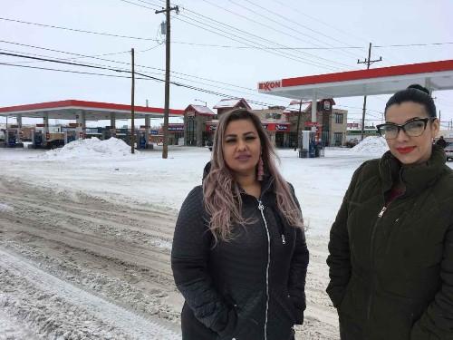 2 detained for speaking Spanish settle border patrol lawsuit
