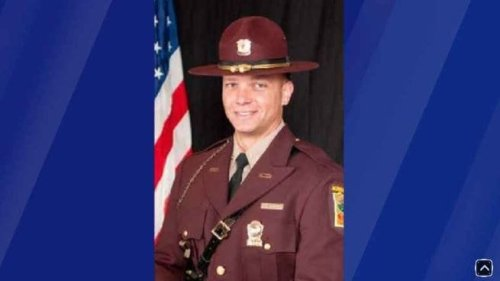 State trooper texted himself nude photos from crash victim's phone