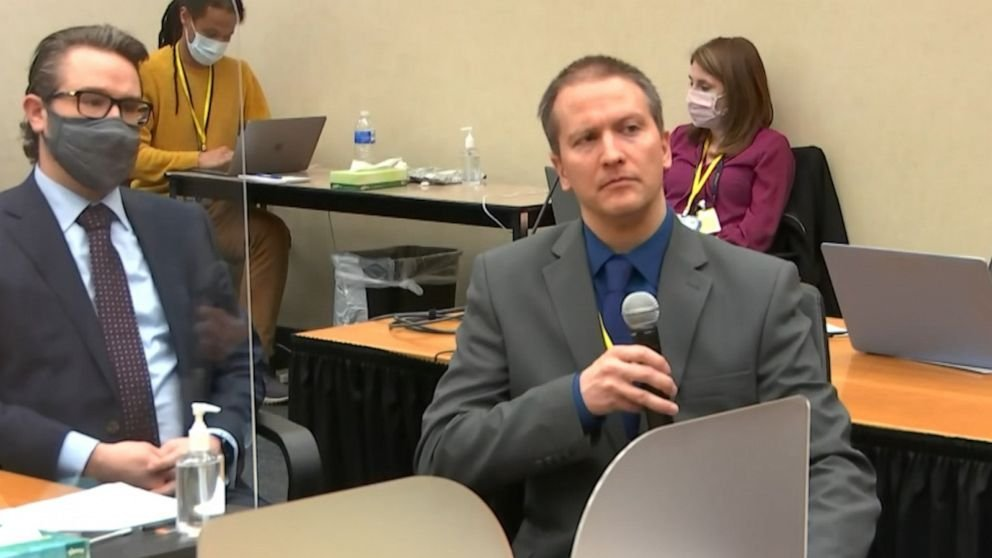 Jury deliberations begin in Derek Chauvin trial