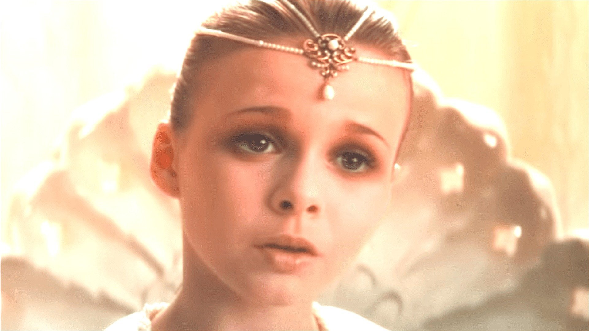 The Empress From NeverEnding Story Is Drop-Dead Gorgeous Today