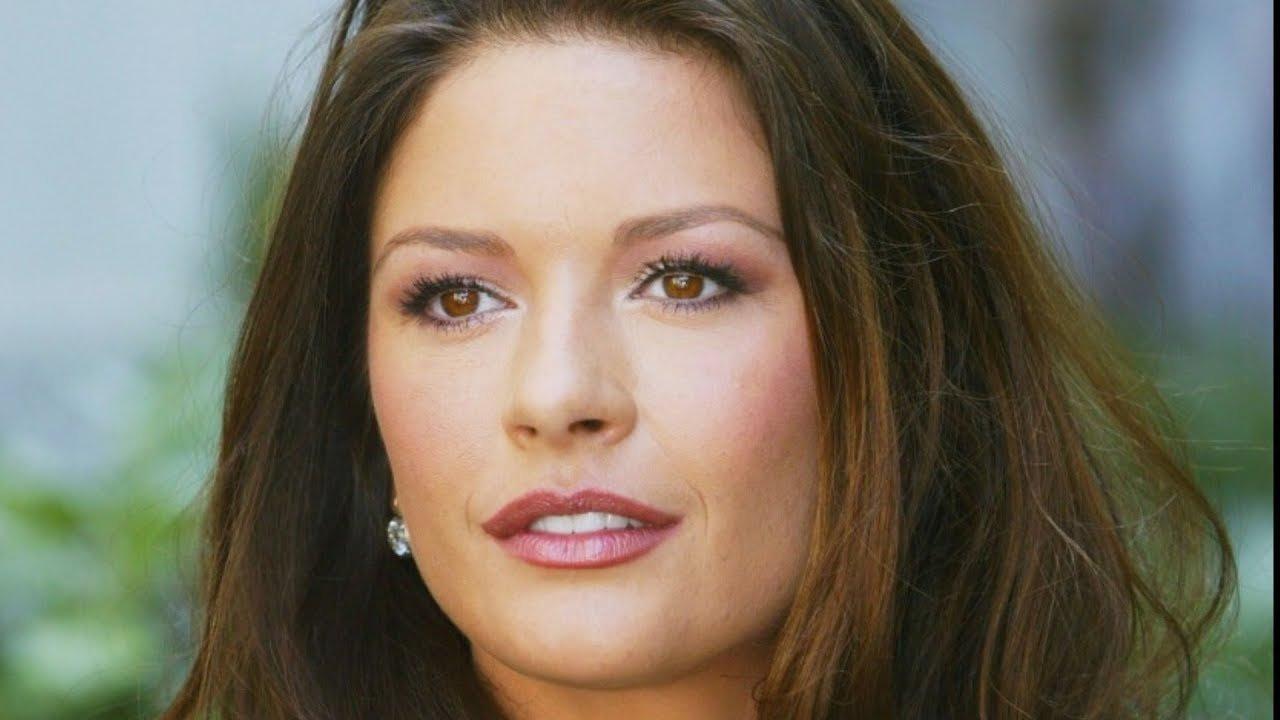 Catherine Zeta-Jones' Daughter Has Grown Up To Be Her Twin