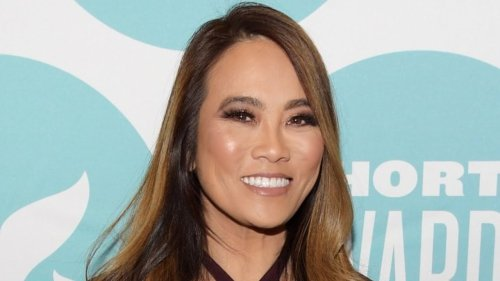 We Finally Know How Much It Costs To See Dr. Pimple Popper
