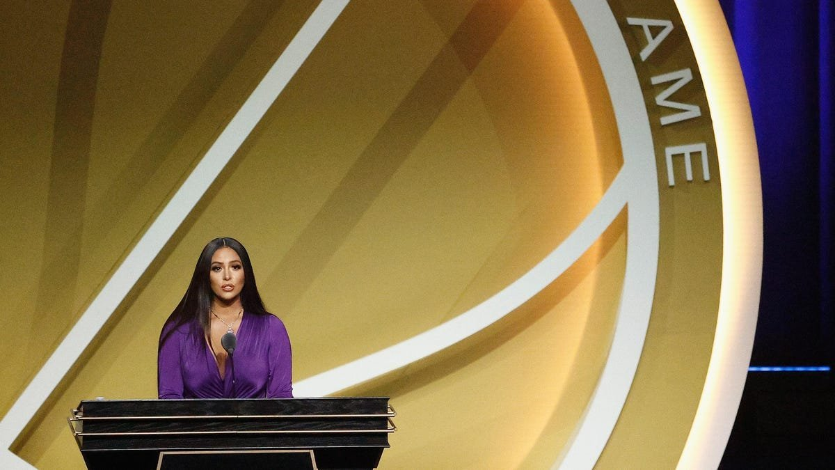 Vanessa Bryant Settles First of Two Lawsuits In Death of Kobe, Gianna Bryant