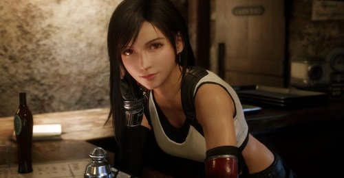 Final Fantasy 7 Fans Reveal Impressive Tifa and Aerith Cosplay