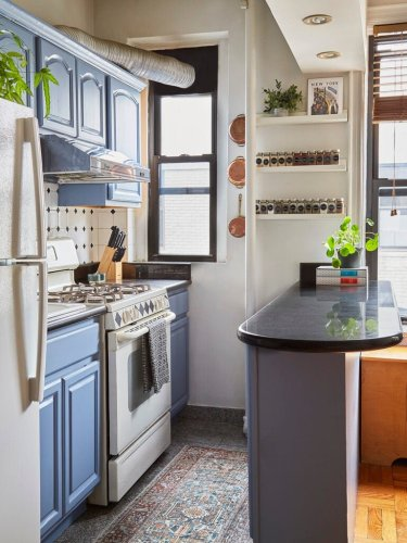 One weekend and $15 can give rentals totally new cabinets