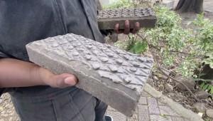 Kenyan Resident Creates Business Making Building Blocks From Plastic Waste!