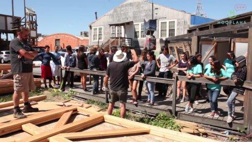San Diego Teens Help Build Studios For Thriving Art Community