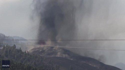 Ash and Lava Spew From Cumbre Vieja Volcano on La Palma