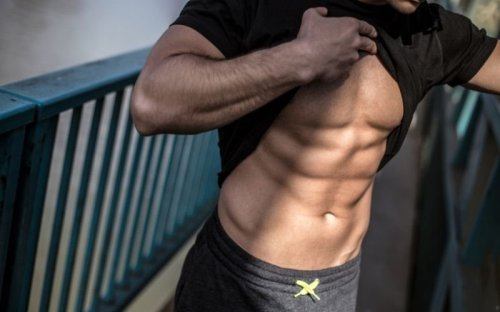 These Are The Must-Do Ab Exercises for Six-Pack Abs, According to Trainers