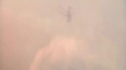 Wildfire reaches sea in western Greece