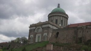 Blast From the Past! Renovators on Hungarian Cathedral Unearth 175+-Year-Old Time Capsule!