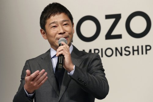 Japanese tycoon planning space station visit, then moon trip