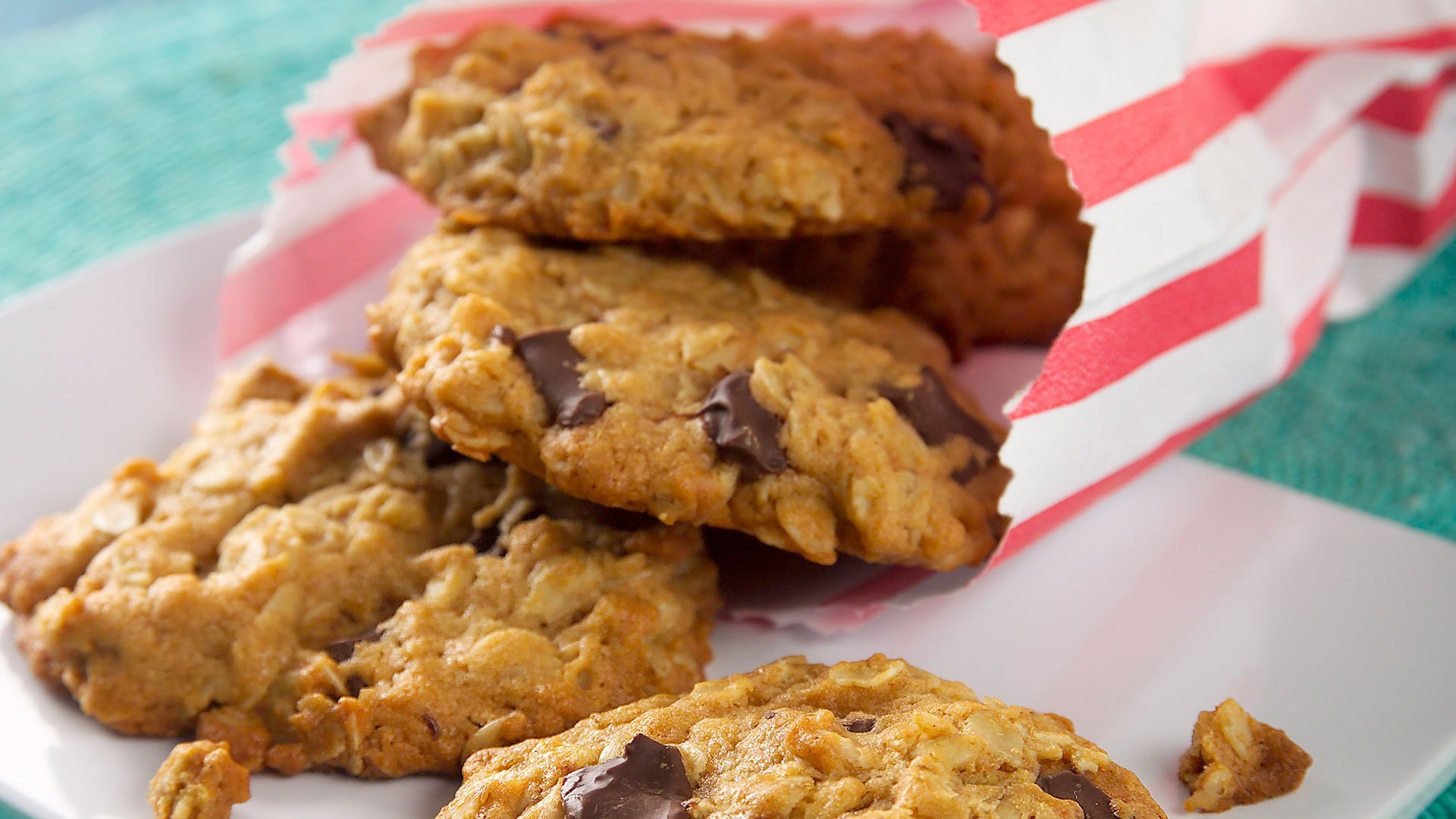 10 Cookie Recipes To Try This Weekend