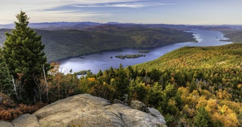 There's An Unexplainable Mystery In Lake George, And It Happens To Be Hidden In