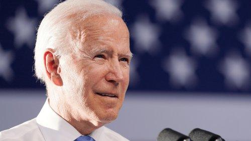 Biden derides Putin's 'ridiculous' whataboutism