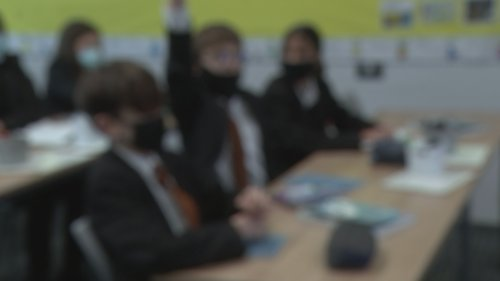 Hertfordshire school reintroduces face masks in classroom